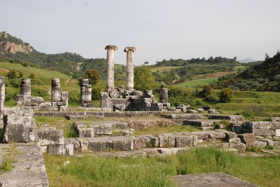 temple_of_artemis_sardis_turkey4